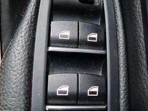 BMW 3 Series 318i auto - Image 16