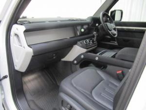 Land Rover Defender 110 D240 X-Dynamic SE - Image 10