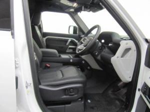 Land Rover Defender 110 D240 X-Dynamic SE - Image 13