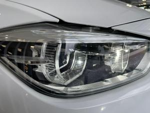BMW 3 Series 318i - Image 10