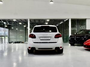Porsche Cayenne GTS - Image 16