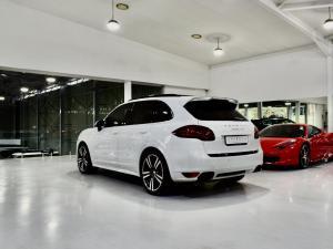 Porsche Cayenne GTS - Image 17