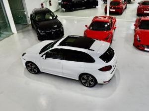 Porsche Cayenne GTS - Image 20