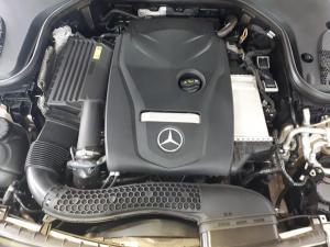 Mercedes-Benz E-Class E200 coupe - Image 7