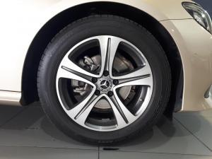 Mercedes-Benz E-Class E200 coupe - Image 8
