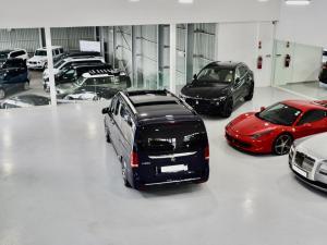 Mercedes-Benz V-Class V300d Exclusive - Image 18