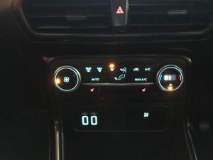 Ford EcoSport 1.0T Titanium auto - Image 16