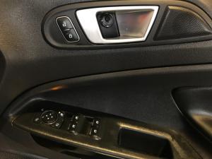 Ford EcoSport 1.0T Titanium auto - Image 19