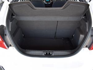 Ford Figo sedan 1.5 Ambiente - Image 12