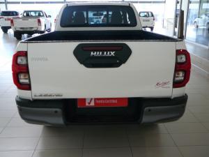 Toyota Hilux 2.8GD-6 Xtra cab Legend auto - Image 3