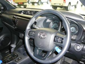 Toyota Hilux 2.8GD-6 Xtra cab Legend auto - Image 8