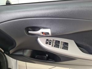 Toyota Corolla 1.6 Advanced automatic - Image 19