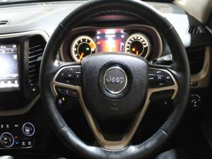 Jeep Cherokee 3.2 Limited automatic - Image 10