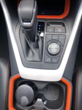 Toyota RAV4 2.0 AWD GX-R - Image 15