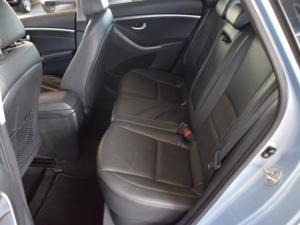 Hyundai i30 1.8 GLS - Image 13