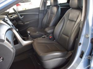 Hyundai i30 1.8 GLS - Image 14