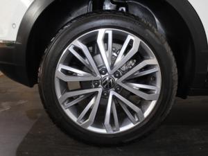 Volkswagen T-ROC 1.4 TSI Design Tiptronic - Image 21