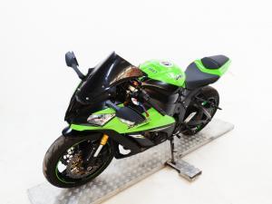 Kawasaki ZX10-R - Image 3