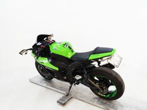 Kawasaki ZX10-R - Image 5