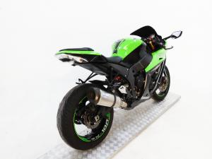 Kawasaki ZX10-R - Image 6