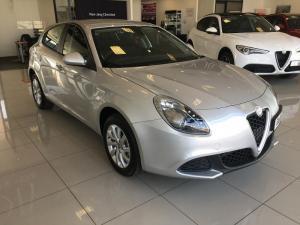 Alfa Romeo Giulietta 1.4T Base TCT 5-Door - Image 1