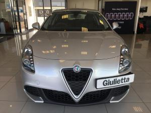 Alfa Romeo Giulietta 1.4T Base TCT 5-Door - Image 2