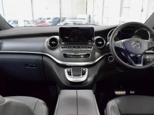 Mercedes-Benz V-Class V300d Exclusive - Image 10
