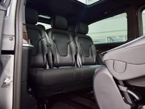 Mercedes-Benz V-Class V250d Avantgarde - Image 10