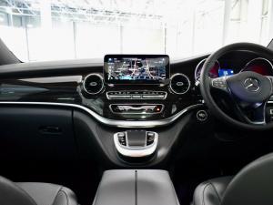 Mercedes-Benz V-Class V250d Avantgarde - Image 12