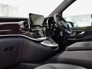 Mercedes-Benz V-Class V250d Avantgarde - Image 16