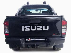 Isuzu KB 250 D-TEQ HO X-RIDER BlackD/C - Image 5