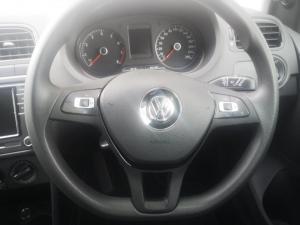 Volkswagen Polo Vivo hatch 1.6 Comfortline auto - Image 10