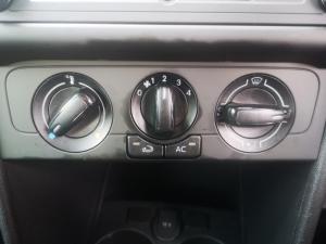 Volkswagen Polo Vivo hatch 1.6 Comfortline auto - Image 13