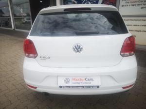 Volkswagen Polo Vivo hatch 1.6 Comfortline auto - Image 6