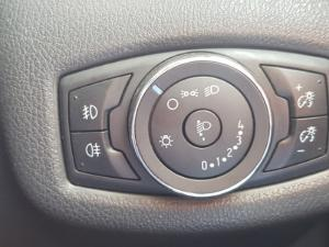 Ford Tourneo Connect 1.0T Ambiente - Image 11