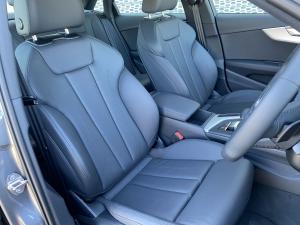 Audi A4 2.0T FSI Stronic - Image 12