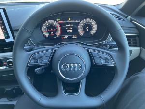 Audi A4 2.0T FSI Stronic - Image 14