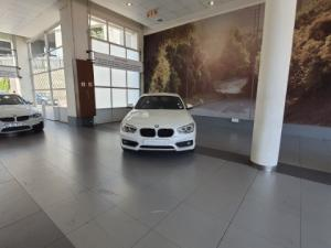 BMW 118i 5-Door automatic - Image 8