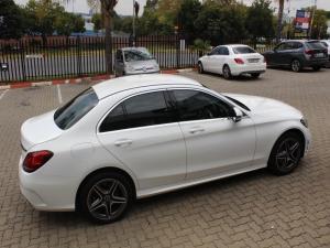 Mercedes-Benz C200 AMG Line automatic - Image 4