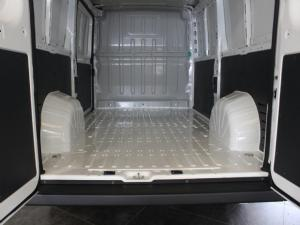 Peugeot Boxer 2.2HDi L2H1 M panel van - Image 6
