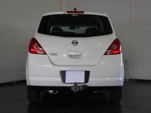 Nissan Tiida hatch 1.6 Acenta - Image 4