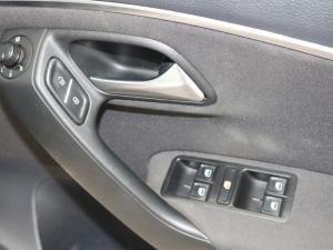 Volkswagen Polo hatch 1.2TSI Highline - Image 10