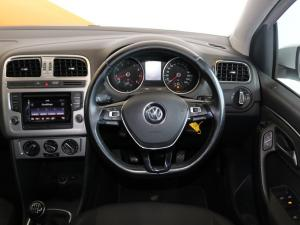 Volkswagen Polo hatch 1.2TSI Highline - Image 13