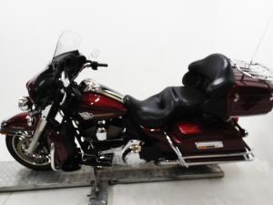 Harley Davidson CVO Street Glide - Image 4