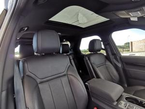 Land Rover Discovery 3.0 TD6 SE - Image 13