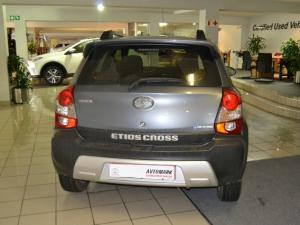 Toyota Etios Cross 1.5 Xs 5-Door - Image 3