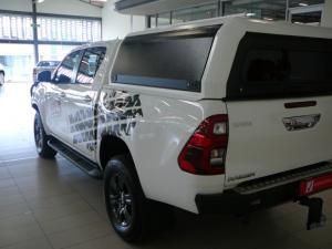 Toyota Hilux 2.8GD-6 double cab 4x4 Raider auto - Image 6