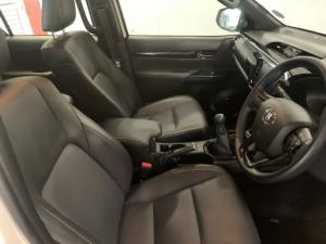 Toyota Hilux 2.8GD-6 double cab Legend - Image 7