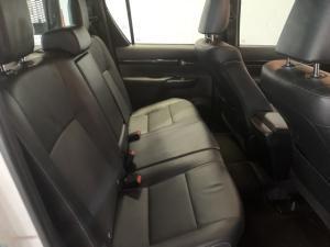 Toyota Hilux 2.8GD-6 double cab Legend - Image 8