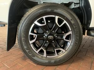 Toyota Hilux 2.8GD-6 double cab Legend - Image 9